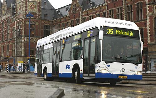 amszterdam-busszal